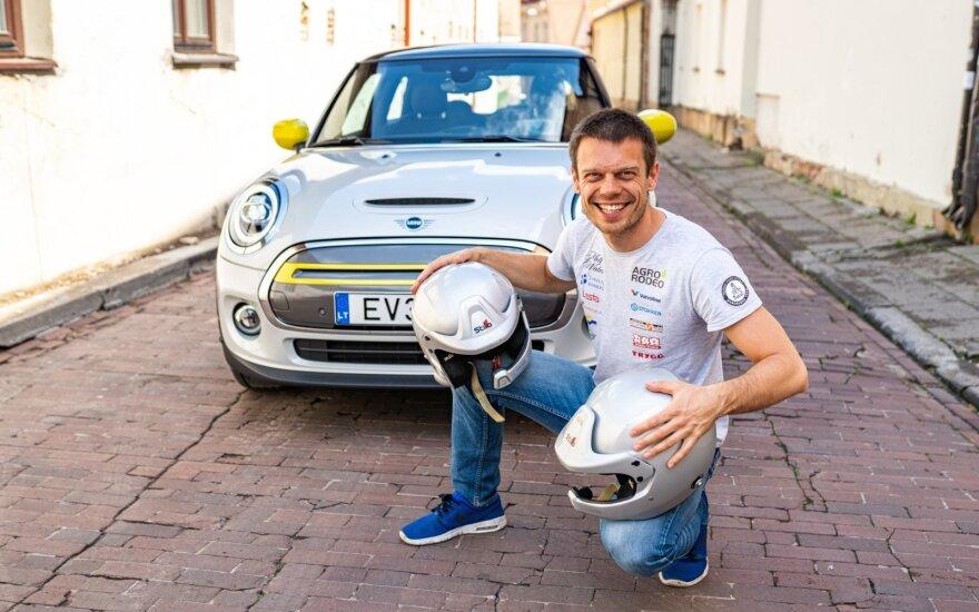 """Vaidotas Žala startuos """"Press Rally"""" su elektriniu """"Mini"""""""