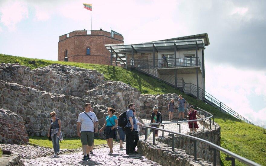 Uždarius sostinės oro uostą susivienijo Vilniaus ir Kauno turizmo centrai
