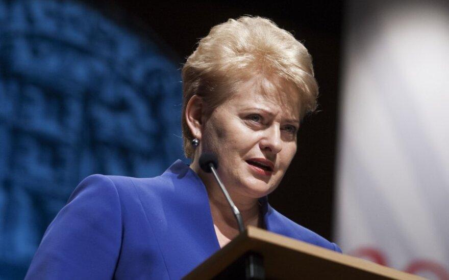 D.Grybauskaitė nesutinka su pramonininkais: krizė bus