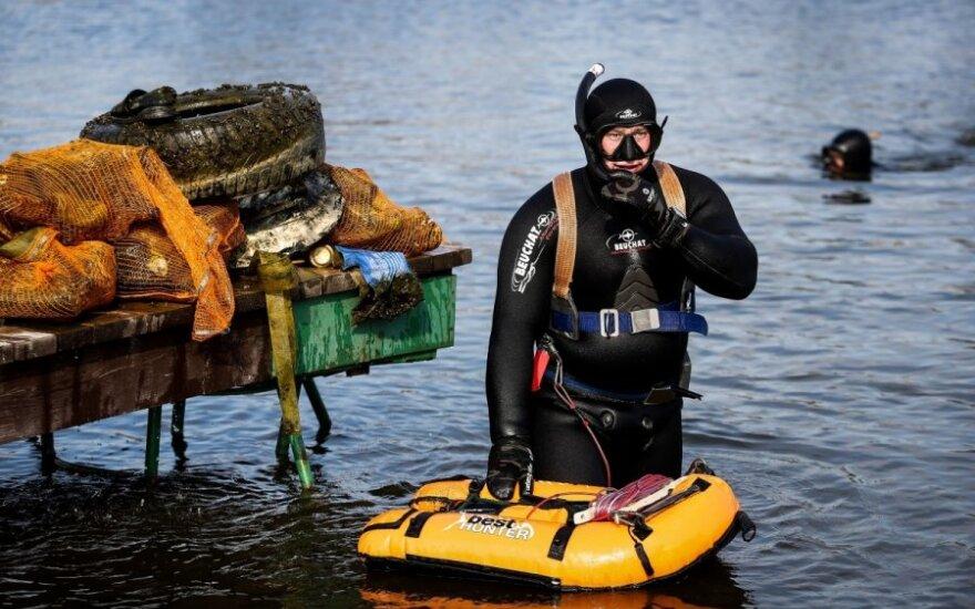 Iš Vilniaus ežerų ištrauktas lobis