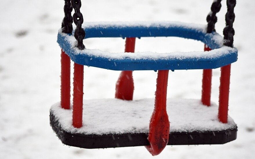 Sinoptikai perspėja: sulauksime plikledžio ir sniego