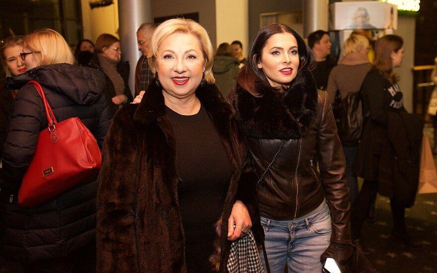 Agnė Jagelavičiūtė su mama Nijole