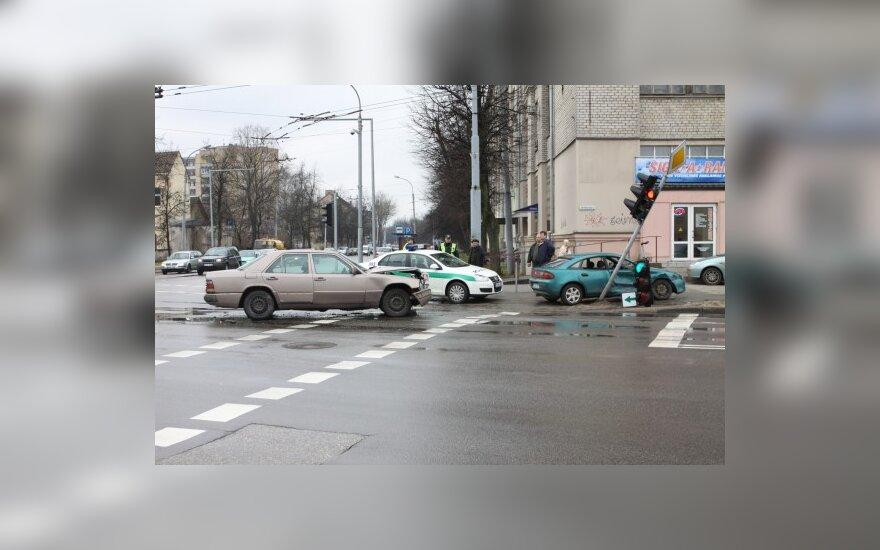 Lietuvos keliuose – beveik trečdaliu mažiau žuvusiųjų