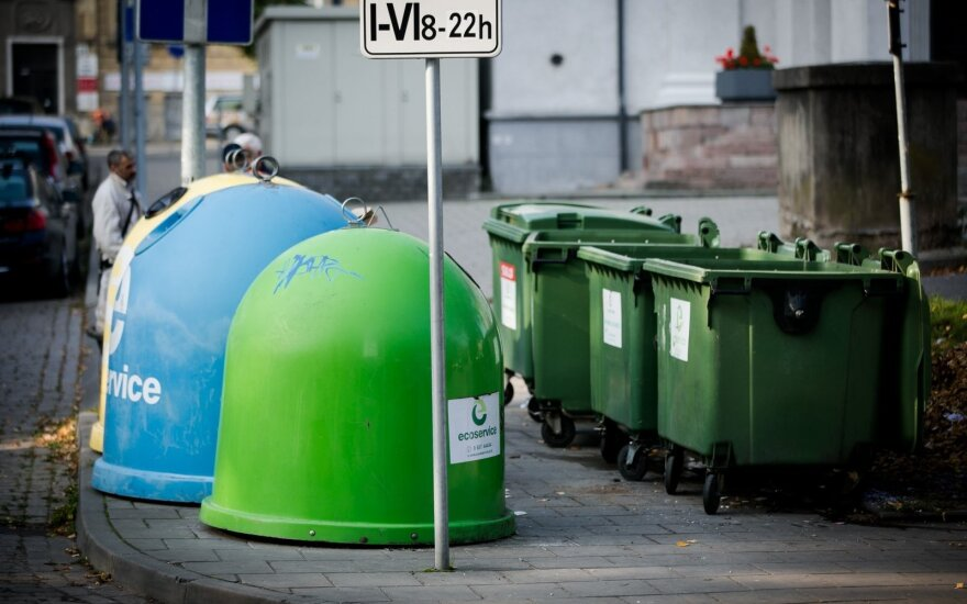 How is Lithuania dealing with waste compared to other EU countries?