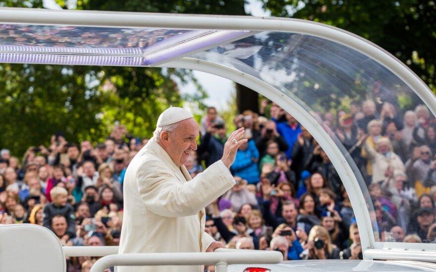 Popiežius atsisveikino su Lietuva