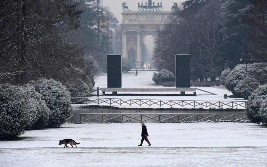Europą kaustantys žiemiški orai ir audros nusinešė 12 gyvybių