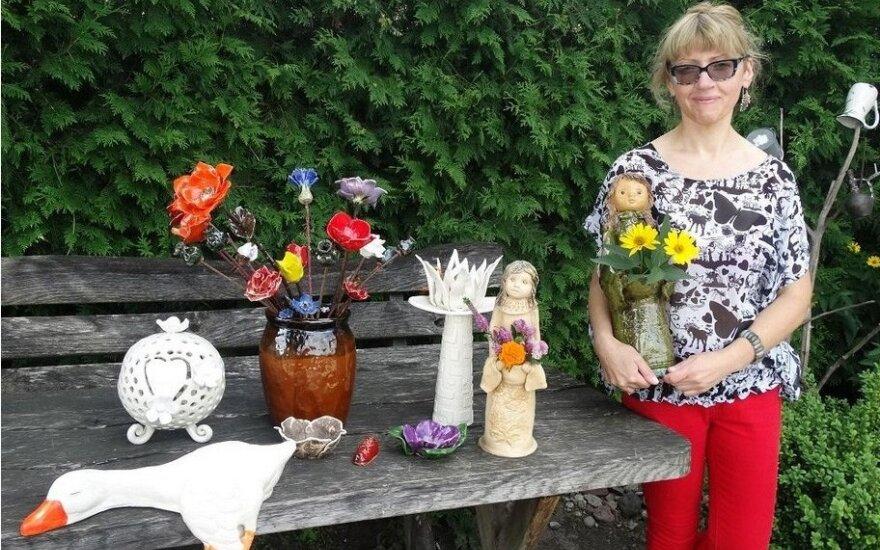 Netikėtai save keramikoje atradusi floristė neatsidžiaugia pokyčiais