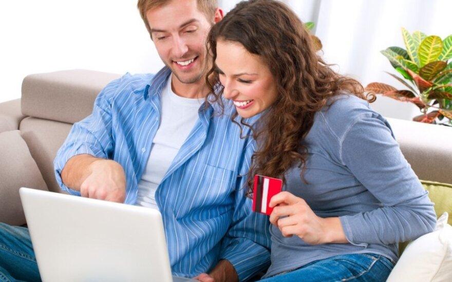 Ką būtina žinoti perkant atostogas internetu?