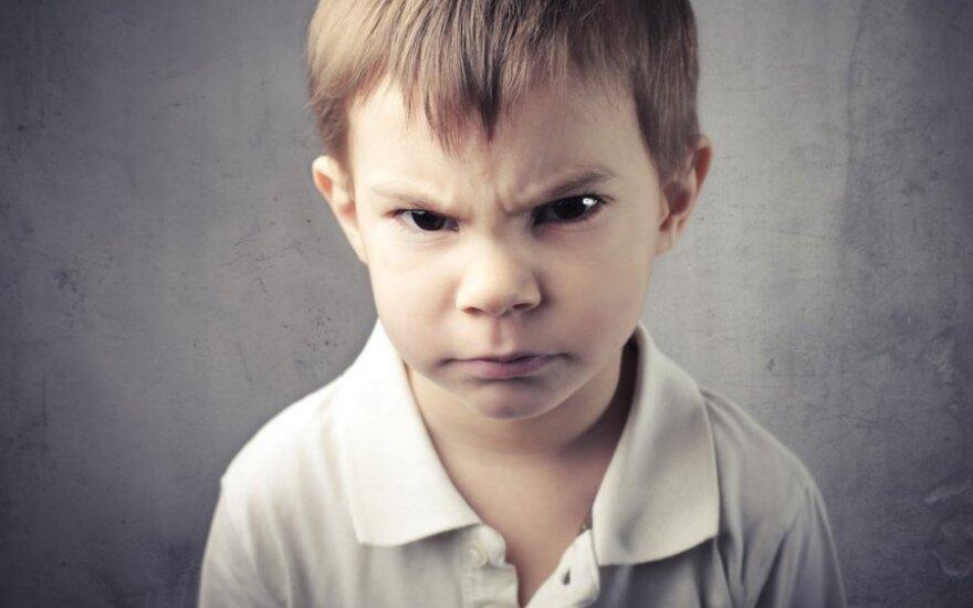 Kaip padėti vaikui suvaldyti pyktį