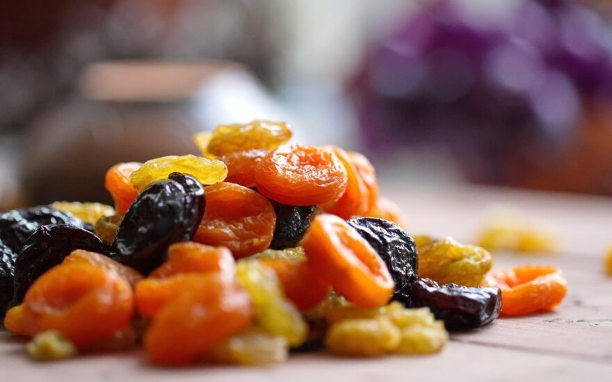 Džiovintų vaisių privalumai ir trūkumai