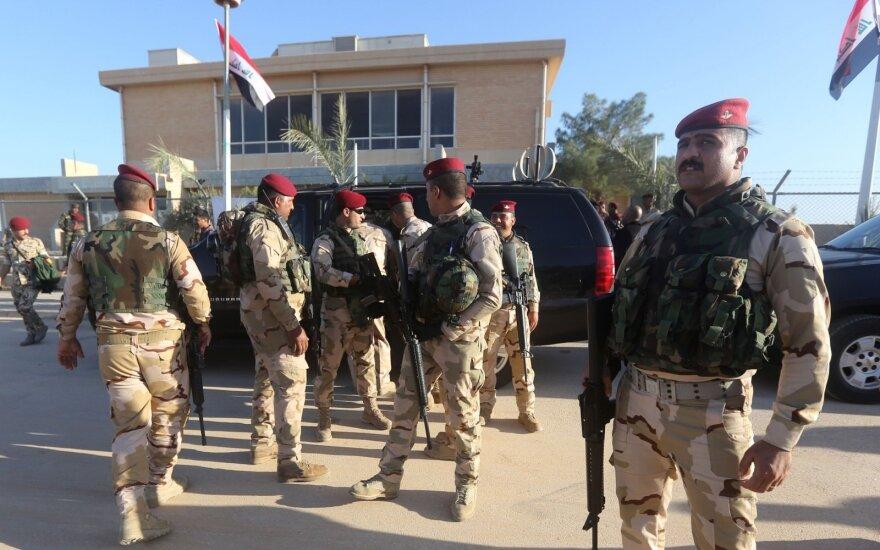 Irako pajėgos Al Asado aviacijos bazėje