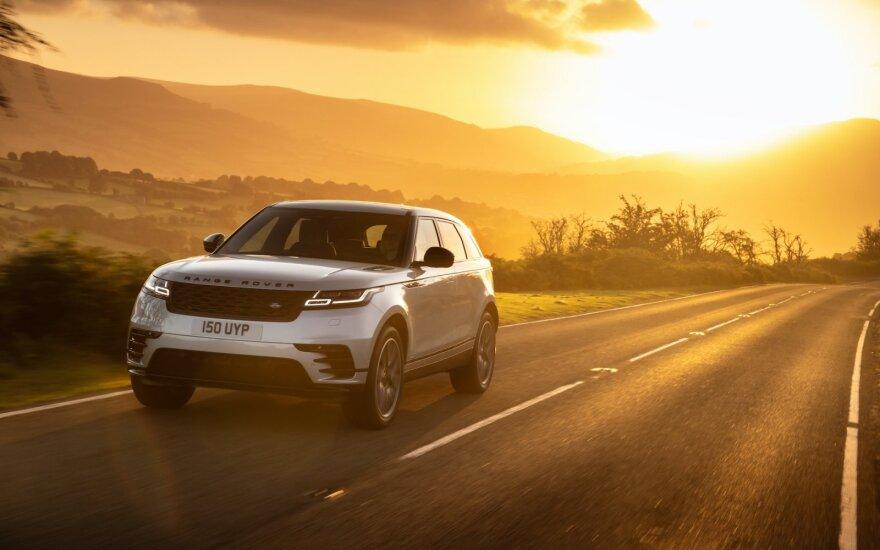 """Atnaujinto """"Range Rover Velar"""" keleiviai kvėpuos švaresniu oru nei lauke"""