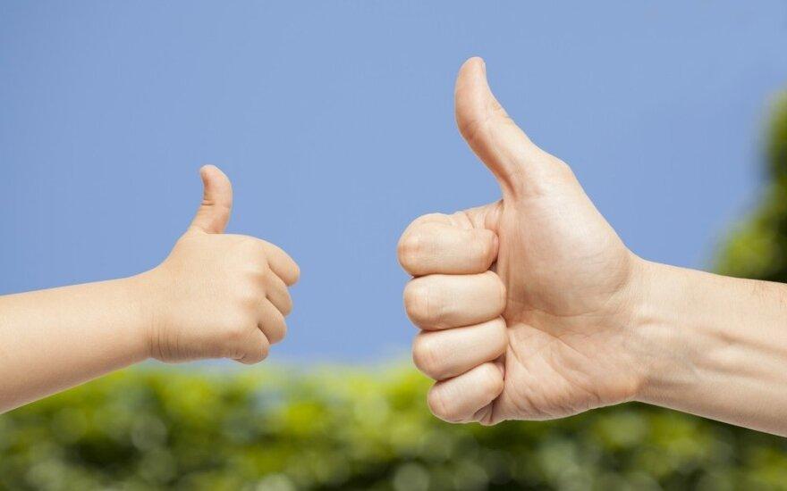 Pozityvi tėvystė: kaip įveikti auklėjimo iššūkius kartu su vaiku