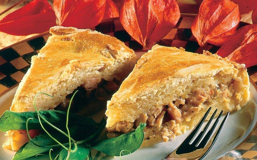 Bulvių pyragas su vištienos įdaru