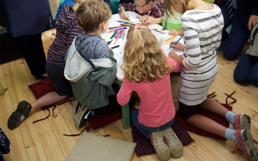 Atviras mokytojos laiškas <em>supertėveliams</em>: kokias klaidas darote auklėdami vaikus