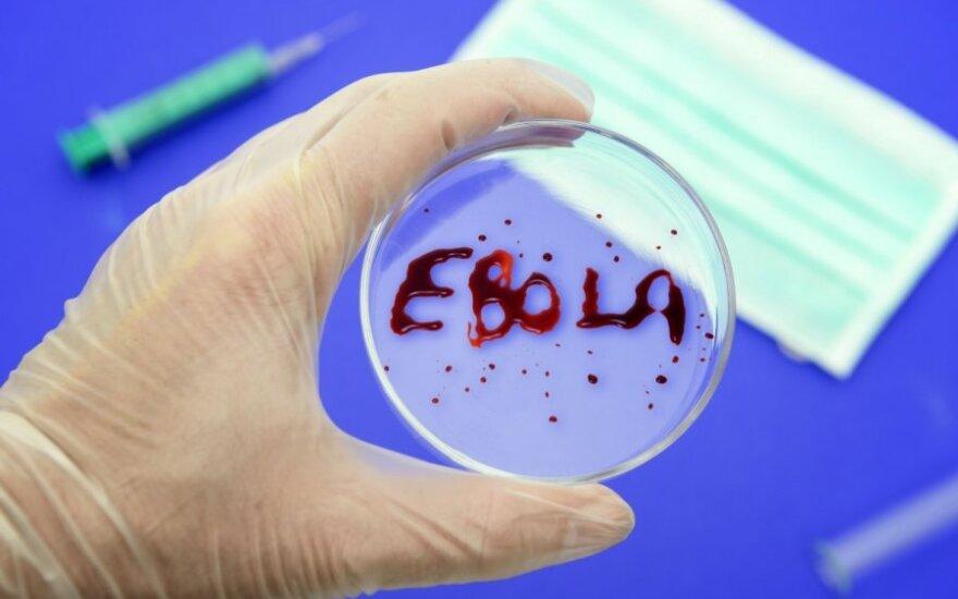 Dėl Ebolos viruso karantino uždraudė išeiti iš namų