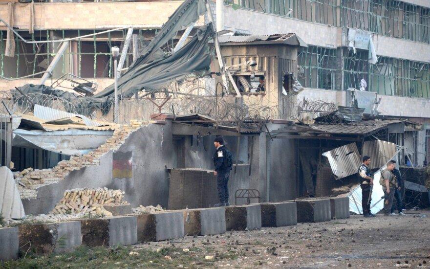 Afganistano Talibanas neketina nutraukti kovos, nepaisant civilių aukų