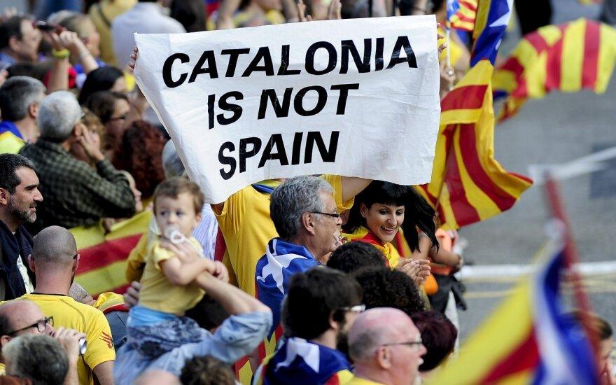 Kita Katalonijos nepriklausomybės siekio pusė: visur kalbama vien separatistų lūpomis
