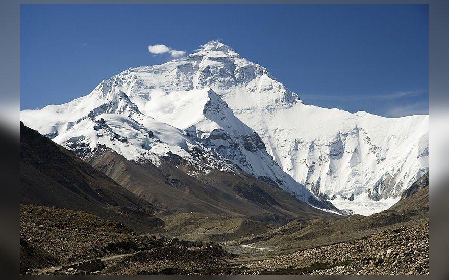 Everestas (Džomolungma) / Luca Galuzzi nuotr. (CC BY)