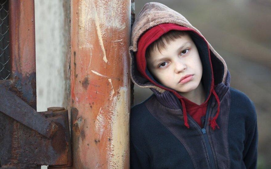 Tai, kas išmuša pagrindą vaikui iš po kojų: kaip pastebėti ir padėti
