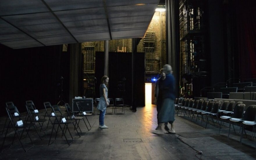 Lithuanian theatre company wins two prizes in international festival in Russia