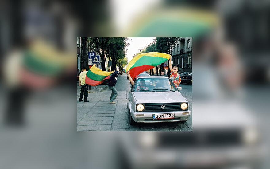 Pasibaigus Europos vyrų krepšinio čempionatui kauniečiai šventė miesto gatvėse