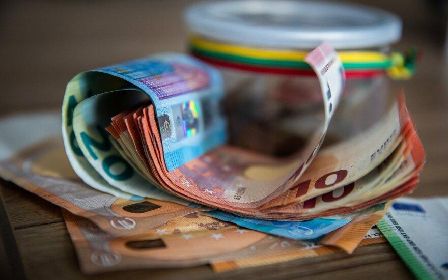 SADM nepritaria siūlymui subsidijas už prastovas sieti su vidutiniu darbo užmokesčiu