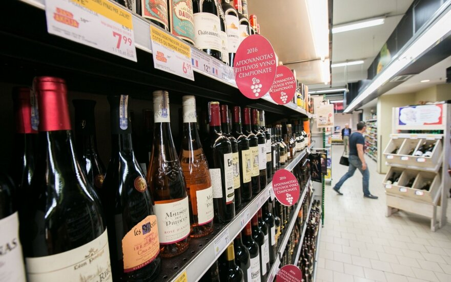 Aistrų dėl alkoholio sūkuryje komitetas įregistravo galutinius pasiūlymus