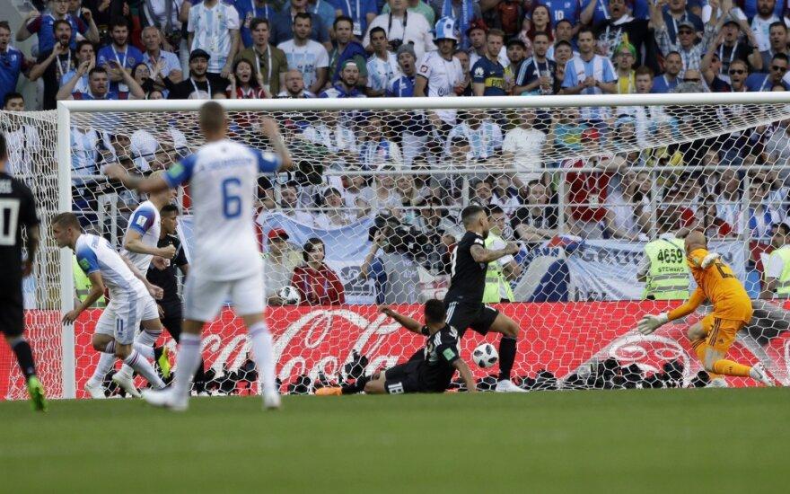 Месси не забил пенальти — Аргентина потеряла очки в матче с Исландией