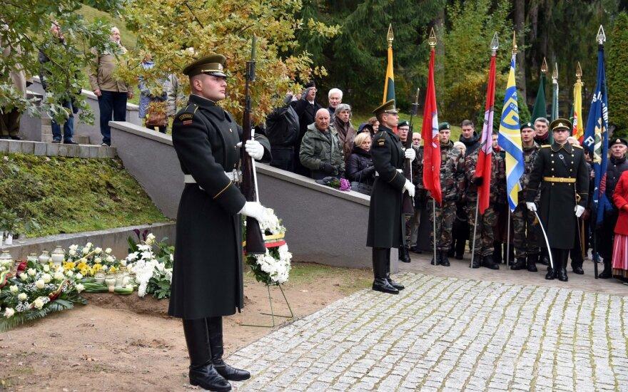 Vilniuje vyko A. Ramanausko-Vanago, kovojusio su sovietine okupacija, laidojimo metinių minėjimas