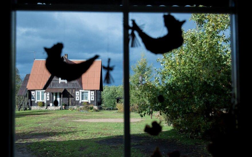 Lietuviams nuosavų sodybų nebereikia – turintys bando atsikratyti
