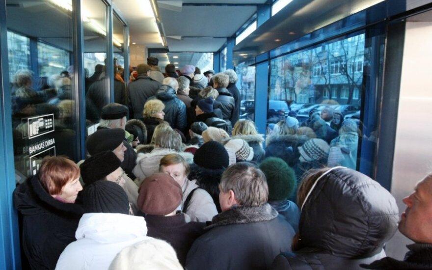Lietuvoje vyksta <em>snukiadaužiai</em>, <em>nusnorinami</em> pinigai, klesti <em>varškėfobija</em>