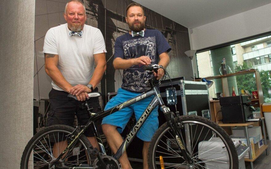 Kita V. Radzevičiaus ir M. Starkaus kelionė – dviračiais