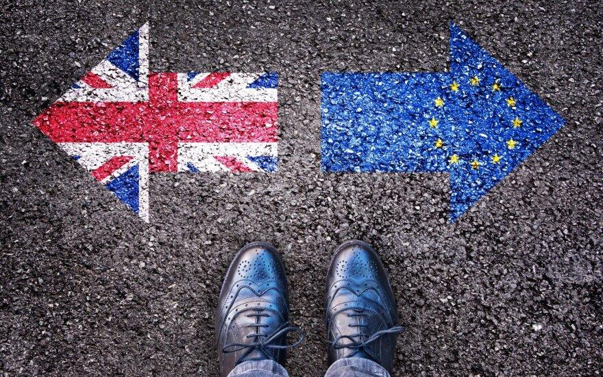 """Po """"Brexito"""" lietuviams gali būti sunkiau emigruoti į JK"""