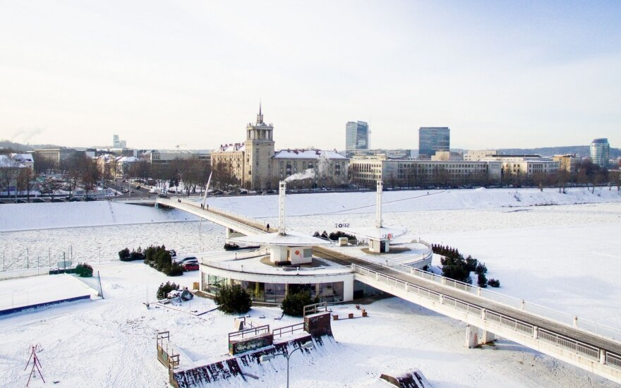 Perspėja apie Lietuvą užplūstančius šalčius: šiąnakt – iki 16 laipsnių, kitą savaitę – iki 20