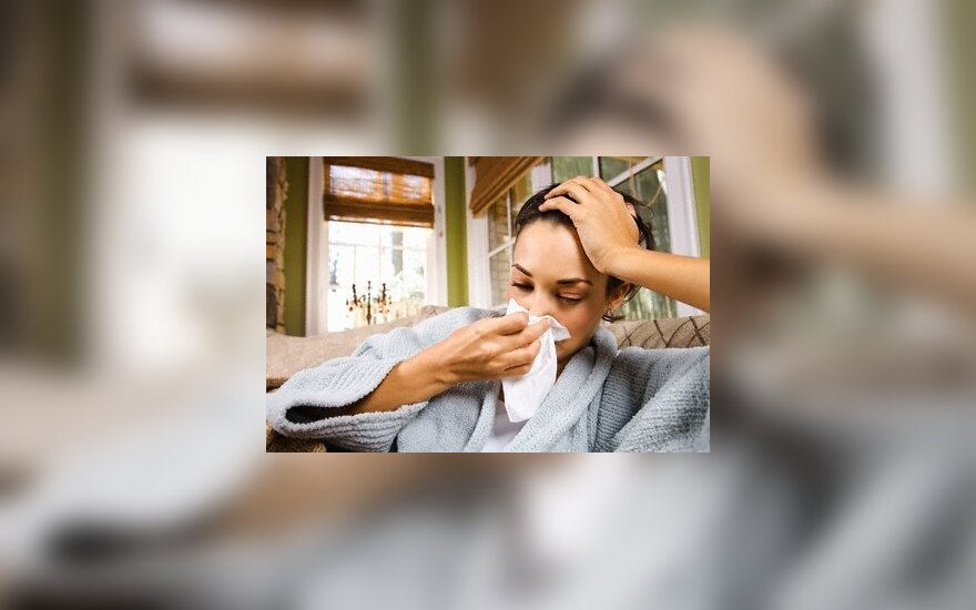 Daugėja susirgusių peršalimo ligomis