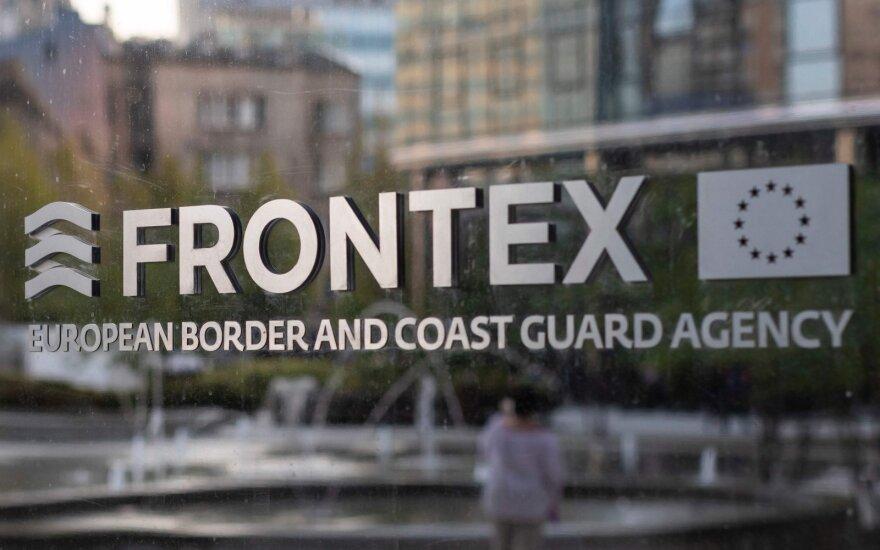ES sienų apsaugos agentūra kaltinama ignoravusi netinkamą elgesį su migrantais