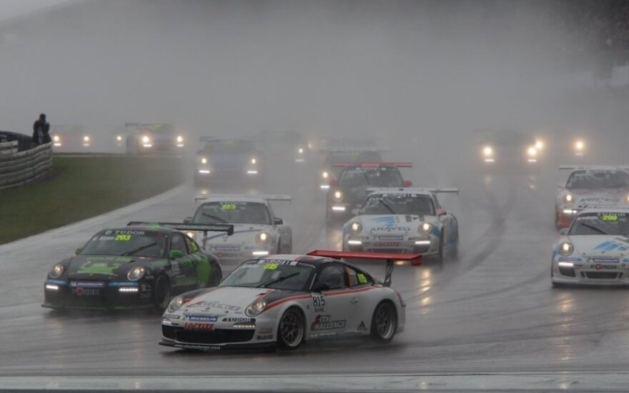 Varžybos Niurburgringo trasoje