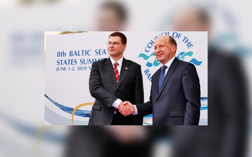 Latviams labiau patinka A.Kubiliaus vyriausybė, lietuviams - V.Dombrovskio