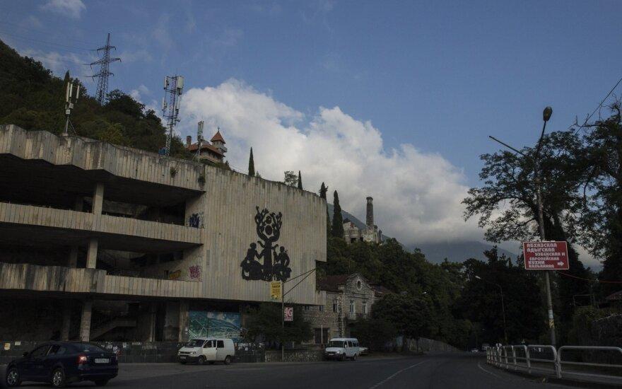 Per avariją žuvo Abchazijos premjeras