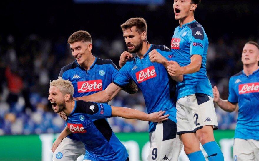 """Triumfuoja """"Napoli"""" futbolininkai"""