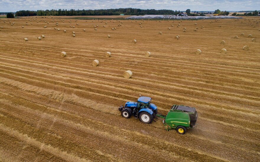 Vyriausybė patikslino lengvatinio dyzelino žemdirbiams normas