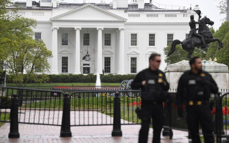 Sujudimas prie Baltųjų rūmų