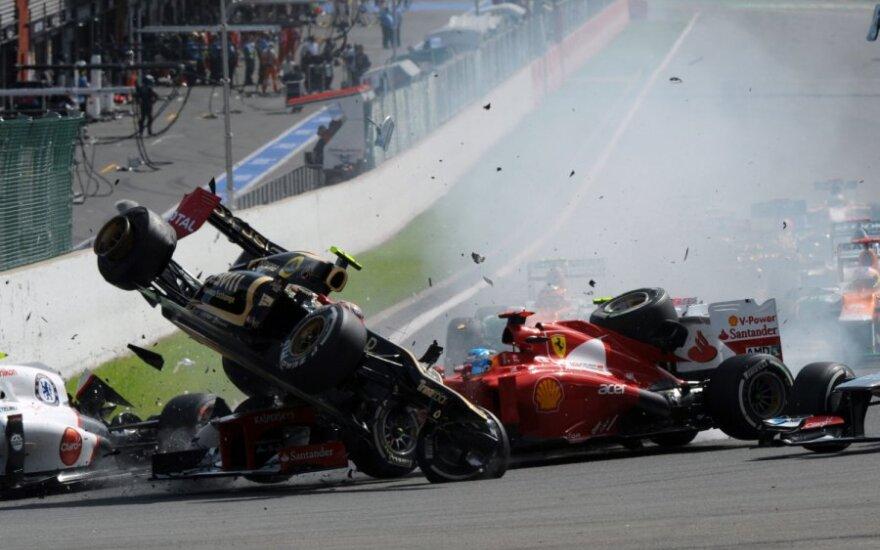 """Avarija """"Formulės-1"""" Belgijos GP etape"""