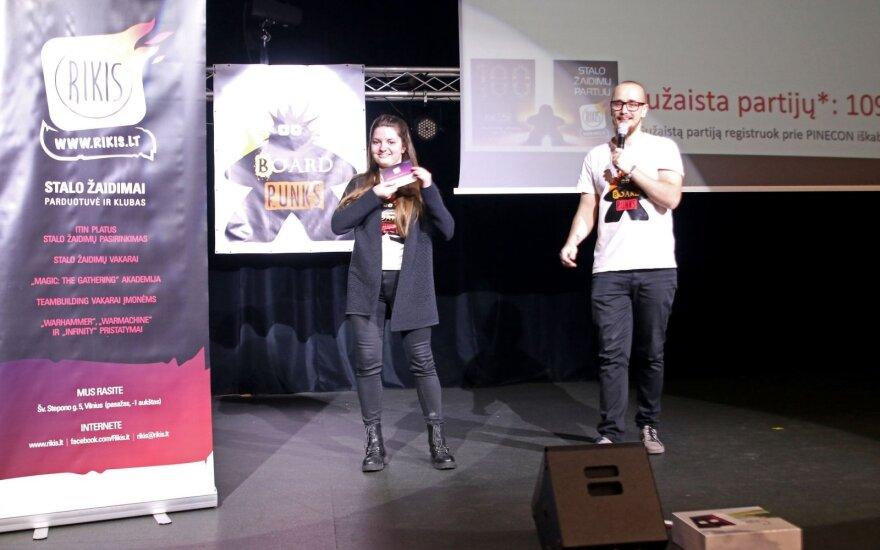 """Antrajame stalo žaidimų festivalyje """"PineCon 2018"""" – 100 stalo žaidimų partijų Lietuvos atkūrimo šimtmečiui"""