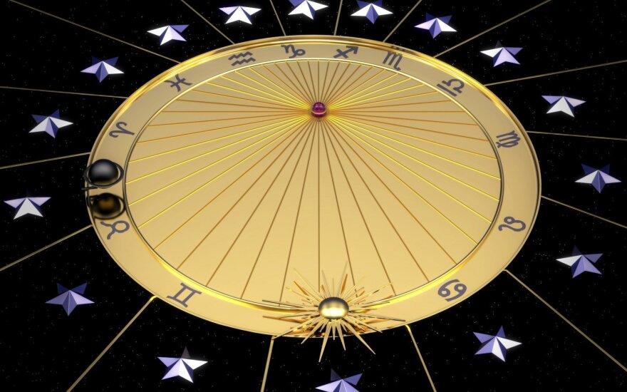 Astrologės Lolitos prognozė spalio 4 d.: stiprių emocijų ir gilių jausmų diena