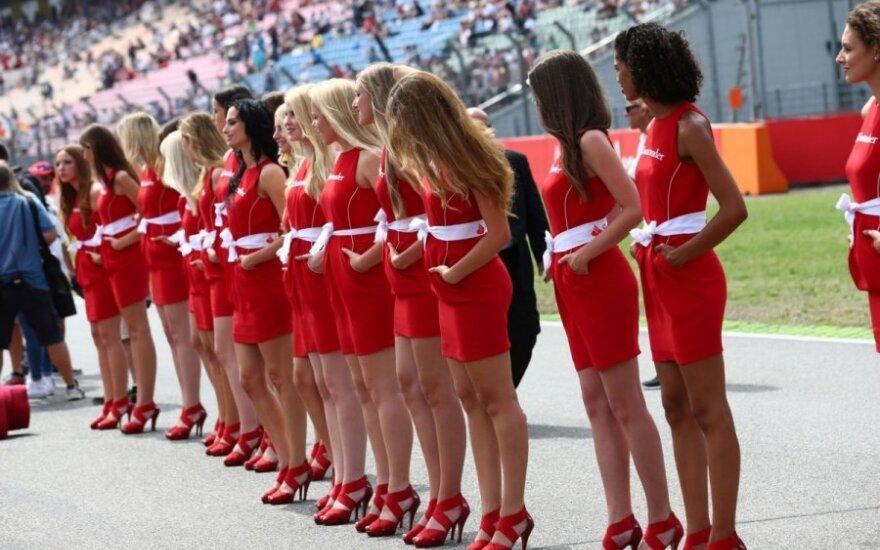 """Merginos """"Formulės-1"""" Hockenheimo trasoje"""