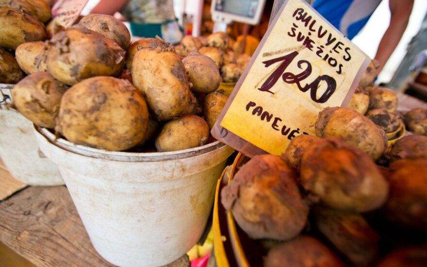 Už bulves ir morkas teks mokėti brangiau