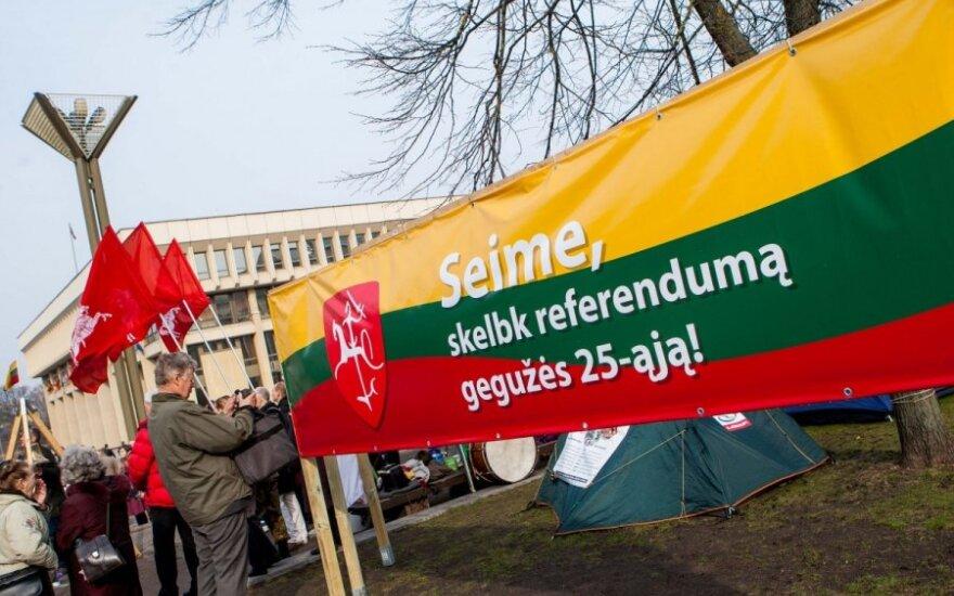 Referendumo iniciatoriams – smūgis Seime