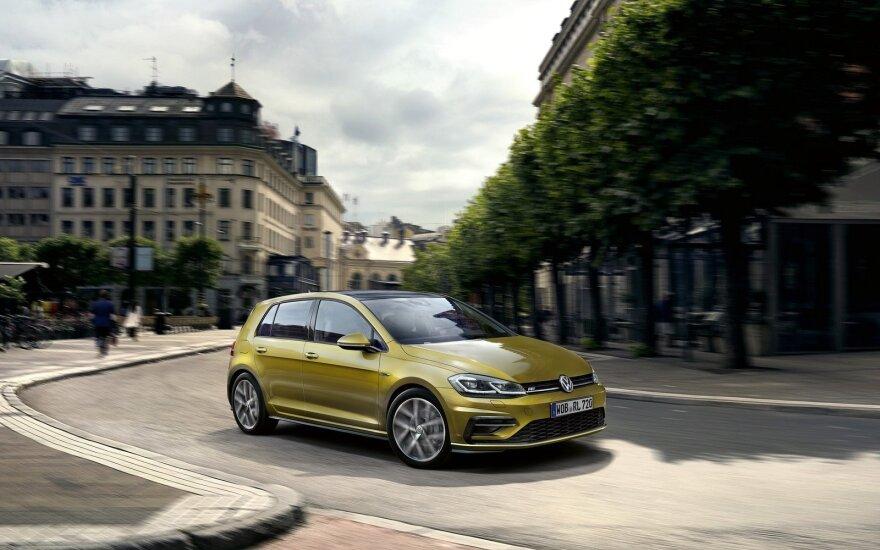 "Šiemet į gatves riedės jau modernizuotas ""Volkswagen Golf"""